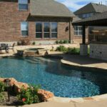 tn_1200_Custom_Designed_Pools_b.jpg