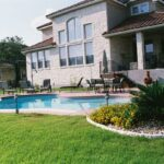 tn_1200_Custom_Designed_Pools_d.jpg